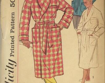 1950s Vintage Simplicity Pattern 2312 Men's Robe Smoking  Lounge Jacket Size Medium