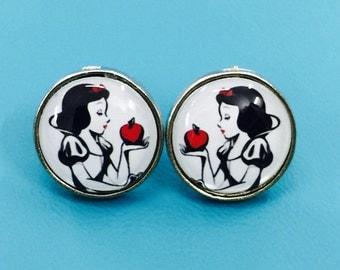 Snow White Earring (No.4)