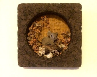 vintage kitsch cork mouse wall hanging