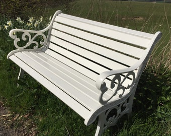 Ivory coloured Vintage garden seat.REDUCED in price!!!!!!!!!