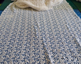 white lace farbic, scalloped edges, 53cm wide.
