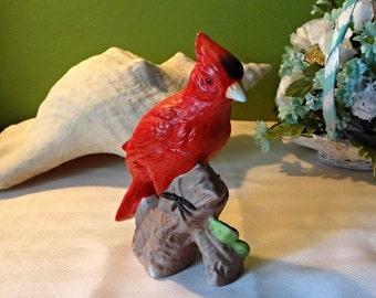 Vintage Red cardinal porcelain 6 inch figurine