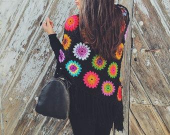 Escandinavian style crochet poncho