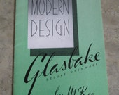 1950s Modern Design Glassbake Deluxe Ovenware by McKee Advertising Brochure