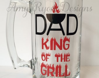 Dad King of the Grill Beer Mug, Father's Day Beer Mug, Custom Beer Stein, Custom Beer Mug, Father's Day Gift, Dad's Birthday Gift