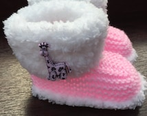 Fur Trimmed Baby Boots, Hand Knitted Soft Baby Booties, Reborn Baby, Pink Giraffe Booties, Snuggly Slippers, Ideal Gift - Ready to ship