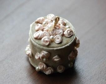 "Tiny jewelry box ""Rose"""