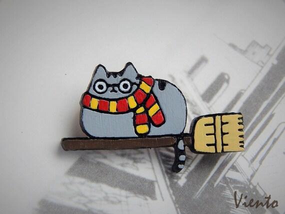Harry Potter Gryffindor Pushin Enamel Pin