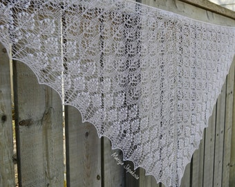 SALE! White Lace Knit Shawl, Bridal Knitted Shawl, Wedding Lace Knitted Shawl