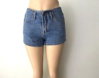 90's Union Bay Denim Short Shorts, Lighter Indigo Stonewash, Size 7