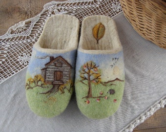 """Eco friendly handmade felted slippers. Slippers for home use with a picture  """"Rural motives"""""""