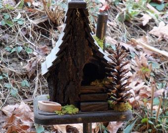 Spring Cabin Birdhouse