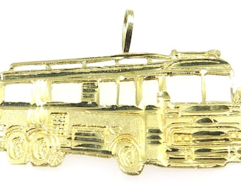 14k Yellow Gold Bus Charm With Open Windows