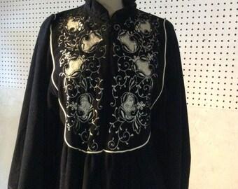 Vintage Women's Vanity Fair Robe.