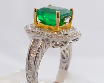 3.14 ct STUNNING EMERALD RING!  Master cut!  Oiled only!