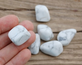 White Houlite loose gemstone
