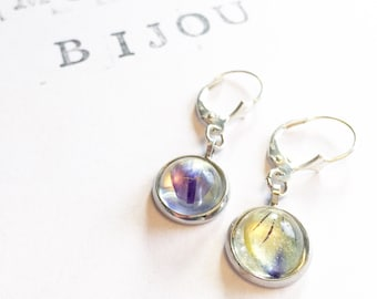 Earrings with resin cabouchons, encapsulated pansy.