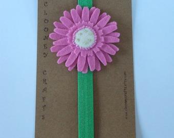Gerbera Bookmark, Flower Bookmark, Pink Felt Bookmark, Elasticated Bookmark, Elastic Bookmark, Gift for teacher. Ready to Ship.