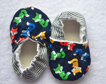 Foxes soft sole baby shoes fox baby shower fox baby shoes cute fox baby slippers gender neutral baby shoes fox baby booties woodland nursery