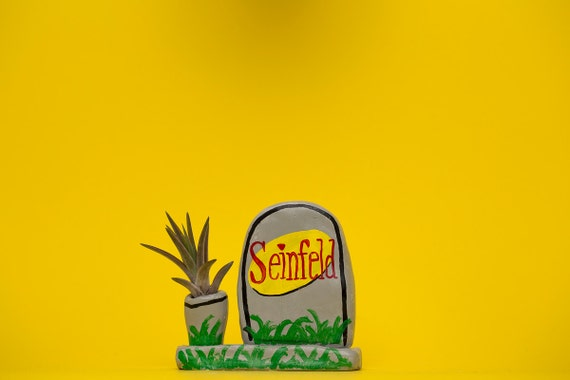 SEINFELD GRAVE PLANTER