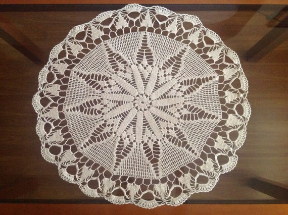 Handmade crochet doily table decoration, Doily crochet Cotton Doily Round crochet centerpiece, Hand crocheted lace Gift for Mum, Large doily
