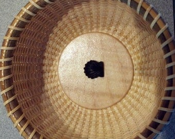 """4.5""""  round Nantucket basket with carved ebony shell"""