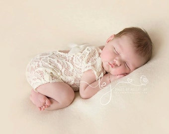Lily Vintage Lace Romper - Baby Girl Photo Prop - Newborn Photography Prop - Newborn Ivory Romper - Elegant Newborn Romper - Lace