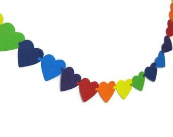 Interlocking Heart Paper Garland in 6 Foot Increments