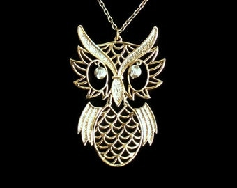 Vintage 1970's Owl Necklace Large Owl Pendant Necklace