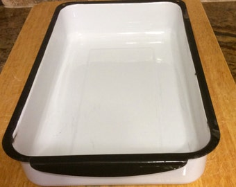 Rustic Vintage White Enamel Refrigerator Pan with Black Trim