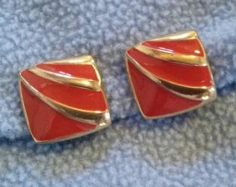 Crown Trifari Red Design on Goldtone Clip Earrings