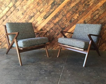 Mid Century Selig Style Walnut Z Chair