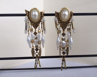 Vintage Dangle Hand Beaded Pearl  Crystal Clip Statement  Earrings #DCRELICP