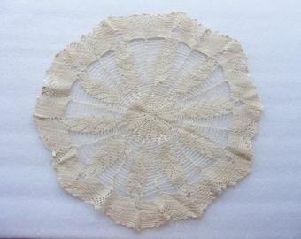 Round Crochet Doily/ Vintage Crochet Doily/ Hand Stitched Doily