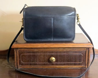 Coach Companion Bag In Navy Leatherware With Leather Strap- Pre-orderly Creed - Made in U.S.A. Vgc to Euc