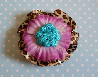 Hair clip and brooch pin up style rockabilly Hawaii