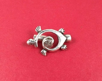 9/4 MADE IN EUROPE 2 toggle claspS, silver toggle clasp, turtle toggle clasp, silver toggle clasp (X5634ABAS) Qty2 sets
