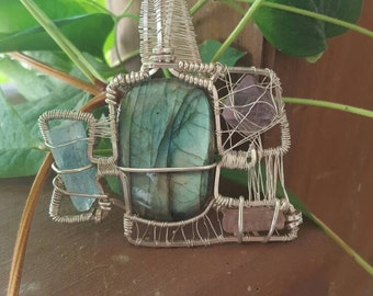Wirewrapped Pendant (Labradorite,Flourite,Tourmaline,Aquamarine)
