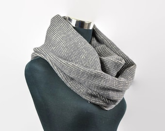 Men's knit scarf, Grey scarf, Handmade infinity scarf, Circle scarf, Gift for him, Gift for her, Cowl scarf, Winter scarves, boyfriend gift.