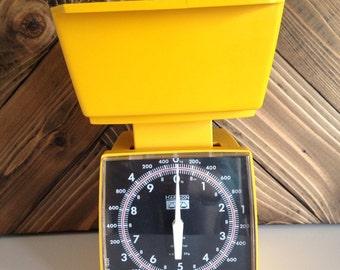 Vintage Hanson Yellow Kitchen Scale 1960's