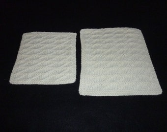 2 100% Cotton Hand Knitted Patterned Dish Cloths / Wash Cloths - Ivory