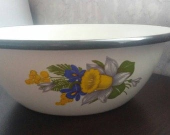 Vintage enamel bowl, white bowl with flowers, Enamelware,