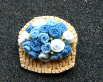 Wool felt brooch