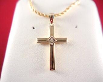 14kt Yellow Gold Cross with Diamond