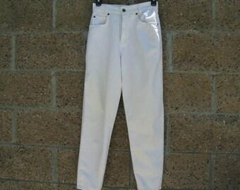 White Jeans~~J and Co Paris Jeans~~Size 38