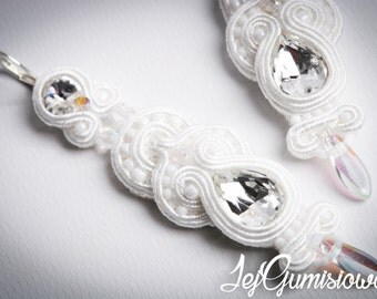 Soutache earrings. White soutache. Bridal earrings. Wedding earrings. Long soutache earrings. Braid earrings. Swarovski crystals.