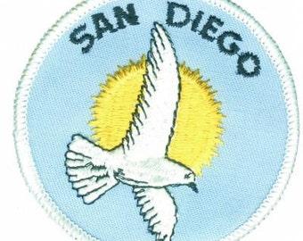 Vintage San Diego Patch - Seagull Bird, California (Iron on)