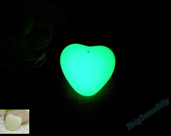 5 pcs of Glowing heart shape stones,Luminous stone,smooth blank heart glow pendant,glowing necklace,Glow in the Dark