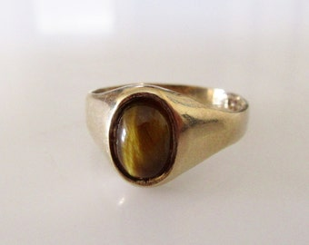9ct Gold Tigers Eye Signet Ring