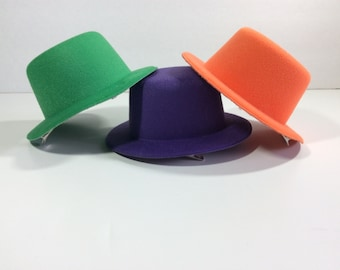 "Trio of hats, mini hats with clips, 5"" felt"